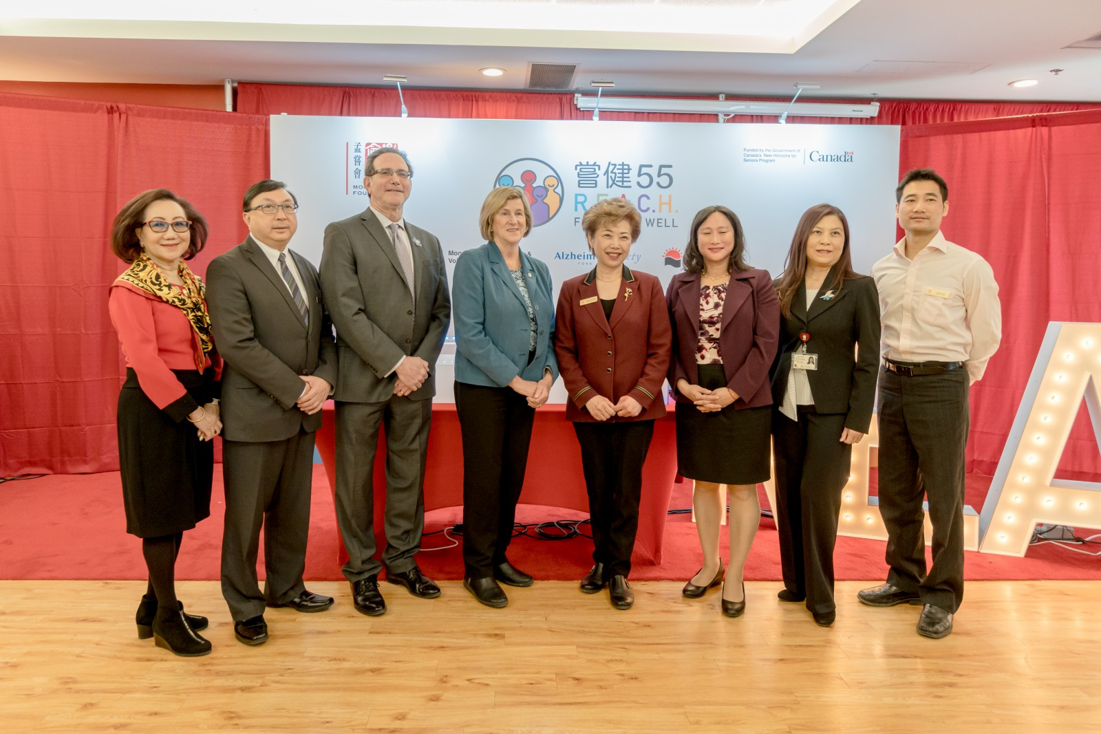 Mon Sheong thanks MP Helena Jaczek and Jean Yip for joining the event